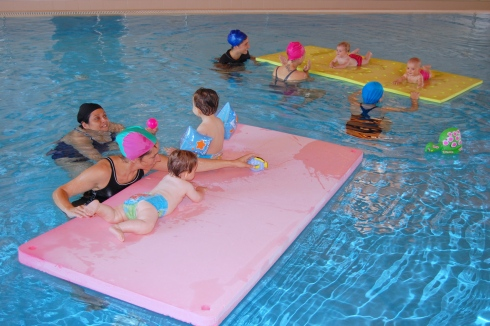 Acqua e salute tutti in piscina al centro vismara di - Piscina al coperto milano ...