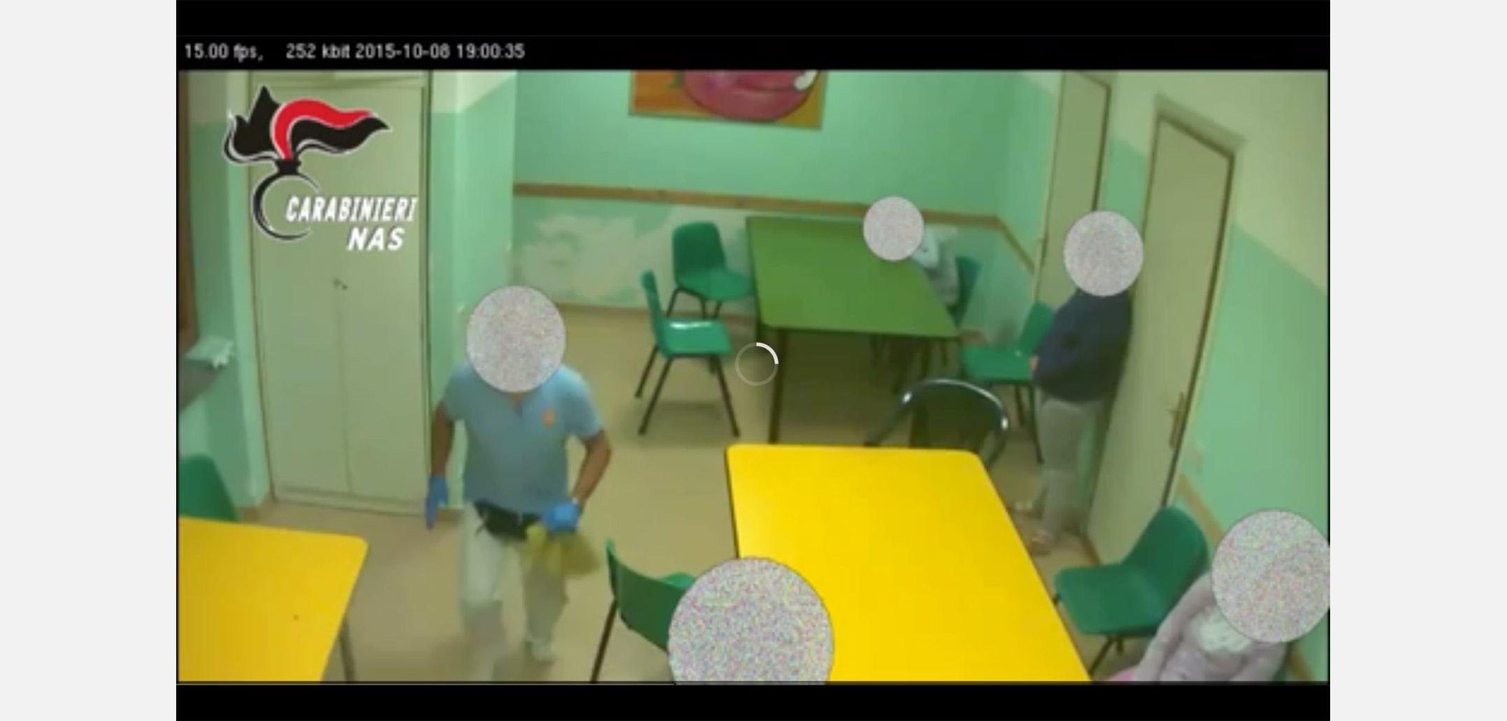Frasi Sui Bambini Handicap.Bambini Disabili E Anziani L Indignazione Per I Maltrattamenti