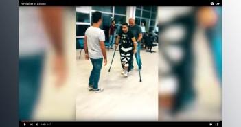 """Disabili DOC – Un'immagine del video che mostra i Disabili divenuti """"ReWalker"""" grazie all'esoscheletro di ReWalk Robotics"""