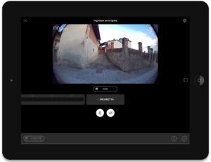 Disabili DOC – Schermata dell'iPad che mostra la finestra della videocamera