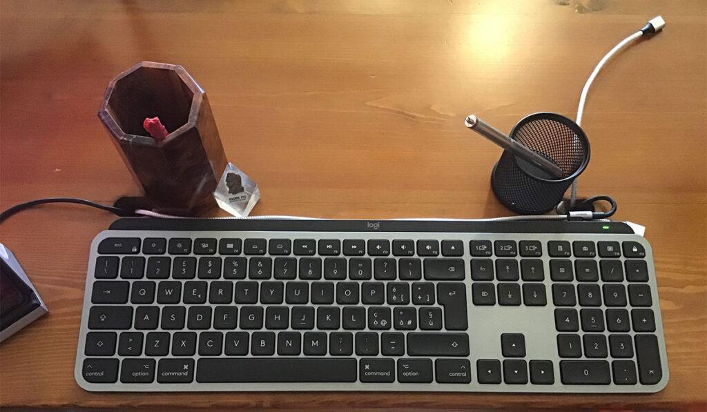 "Disabili DOC – ""Speciale Logitech MX Keys"" – L'immagine mostrala tastiera inserita nel D-Setup"