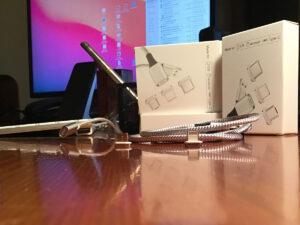 Disabili DOC – Tre confezioni dei nuovi cavi magnetici Zakpor con 3 diversi connettori magnetici: Lightning, USB-C e Micro USB