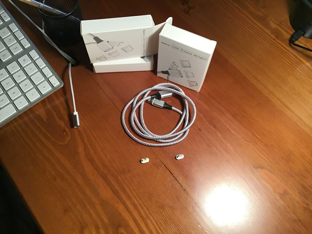 Disabili DOC – Tre confezioni dei nuovi cavi magnetici Zakpor 3 in 1: Lightning, USB-C e Micro USB