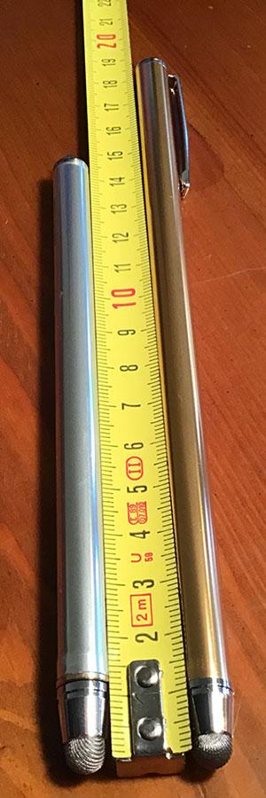 Disabili DOC – La penna originale risultava lunga e quindi anche più pesante, è stato rimosso il fermaglio e la lunghezza ridotta a circa 14,5 centimetri